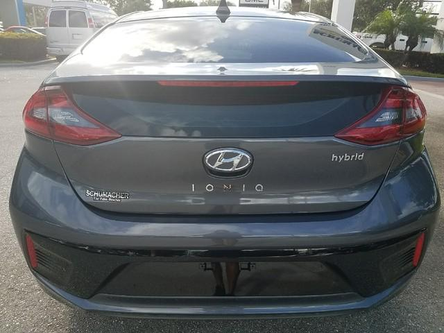 Pre-Owned 2017 Hyundai IONIQ Hybrid Limited Hatchback