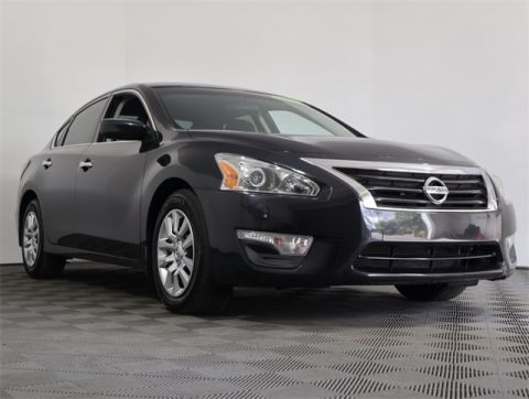 Pre-Owned 2015 Nissan Altima 2.5 S FWD 4D Sedan