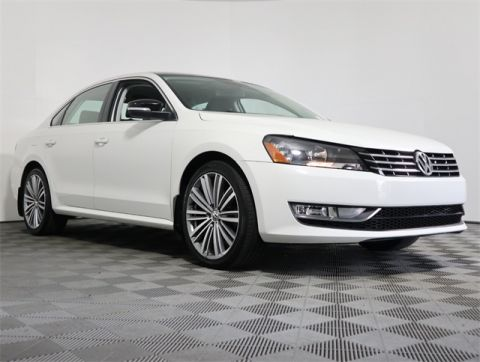 Certified Pre-Owned 2015 Volkswagen Passat FWD 4D Sedan