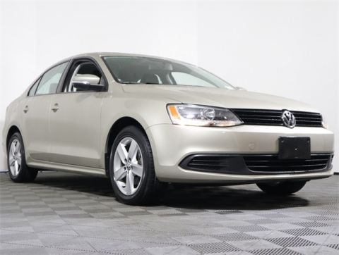 Certified Pre-Owned 2012 Volkswagen Jetta TDI FWD 4D Sedan