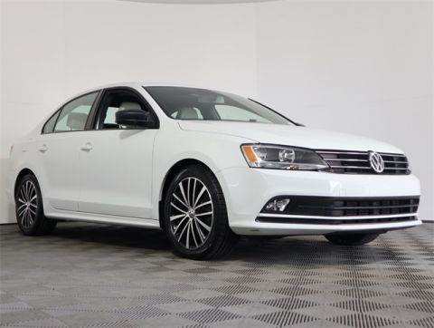 Certified Pre-Owned 2016 Volkswagen Jetta 1.8T Sport FWD 4D Sedan